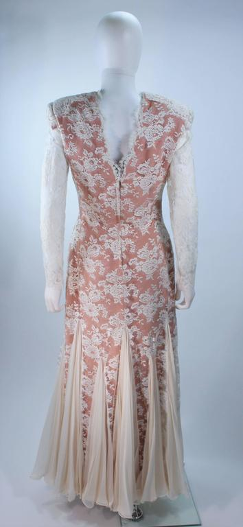 TRAVILLA Lace Gown with Nude Underlay Size 4 6 For Sale 2