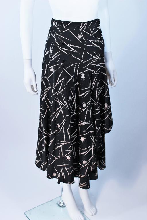 KRIZIA Electrified Black Silk Print Draped Wrap Skirt Size 2 4 For Sale 2
