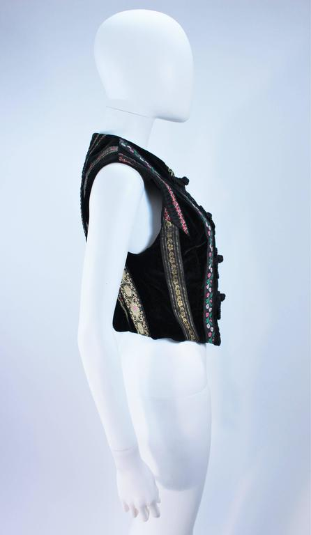 DOLCE & GABBANA Velvet Vest with Trim Size Small For Sale 1
