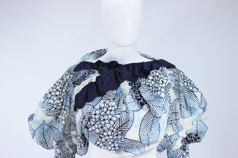 COMME DES GARCONS Floral and Batik Print Blouse with Open Back Size SS In Excellent Condition For Sale In Los Angeles, CA