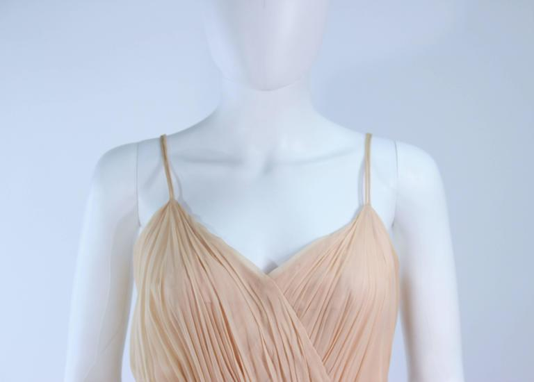 CEIL CHAPMAN Nude Chiffon Draped Gown Size 2 4 In Excellent Condition For Sale In Los Angeles, CA