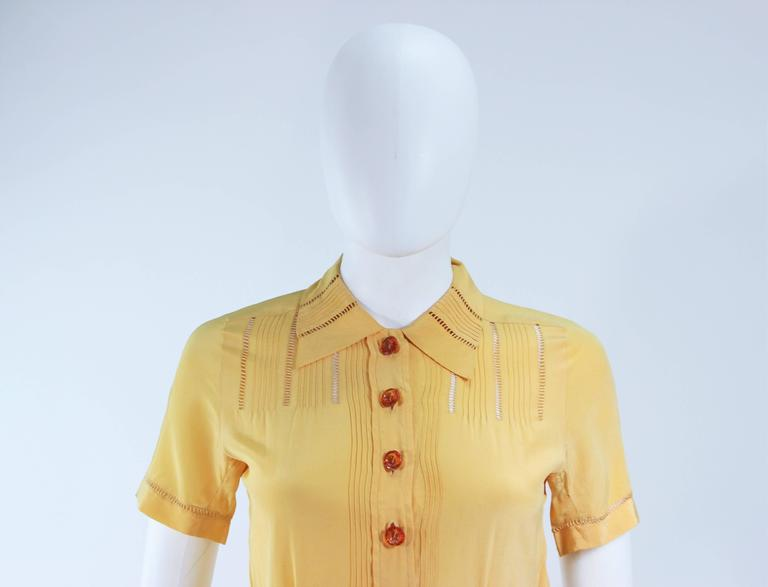 Women's Vintage 1940's Yellow Silk Dress with Lace Inserts Size 2 For Sale