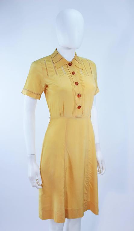 Vintage 1940's Yellow Silk Dress with Lace Inserts Size 2 For Sale 2