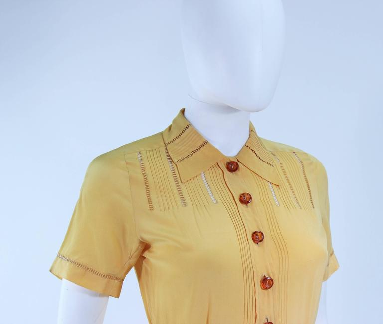 Vintage 1940's Yellow Silk Dress with Lace Inserts Size 2 For Sale 3