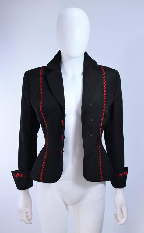 RICHARD TYLER Black and Red Fitted Jacket with Floral Pattern Size 2 4 For Sale 5