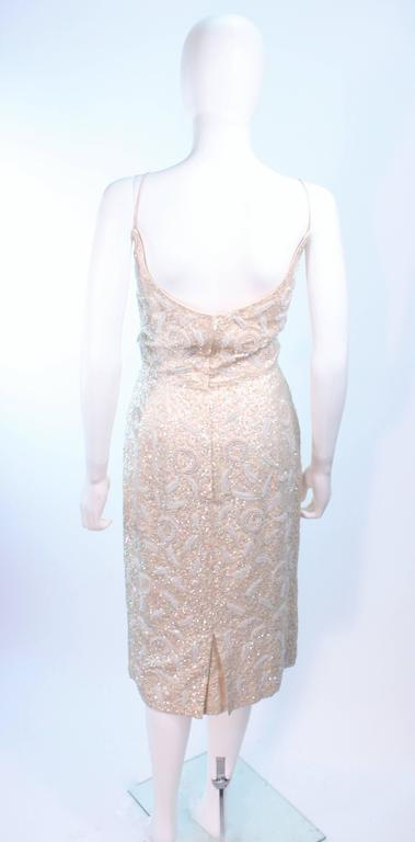 SWEE LO HAUTE COUTURE INTERNATIONAL Ivory Iridescent Cocktail Dress Size 8 10 For Sale 4