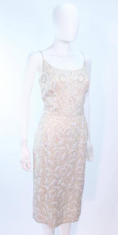 SWEE LO HAUTE COUTURE INTERNATIONAL Ivory Iridescent Cocktail Dress Size 8 10 For Sale 2