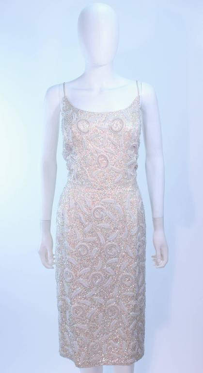 Gray SWEE LO HAUTE COUTURE INTERNATIONAL Ivory Iridescent Cocktail Dress Size 8 10 For Sale