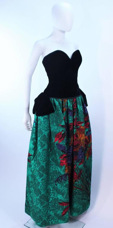 ODICINI COUTURE Black Velvet and Green Floral Gown Size 4 For Sale 3