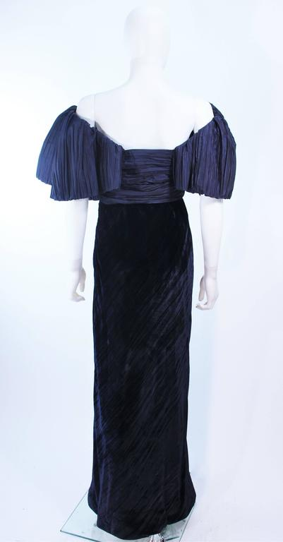 JACQUELINE DE RIBES Gown Navy Bias Velvet and Pleated Bodice Size 6 8 For Sale 3