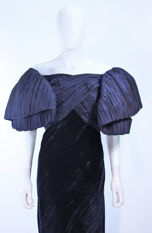 Black JACQUELINE DE RIBES Gown Navy Bias Velvet and Pleated Bodice Size 6 8 For Sale