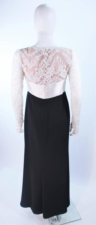 BADGLEY MISCHKA Black and White Lace Gown Size 8 10 For Sale 3