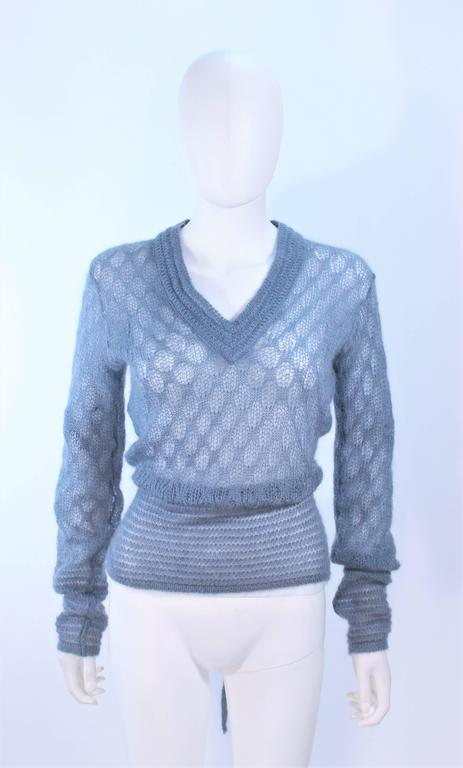 MISSONI Sky Blue Wool Knit V-Neck Sweater Size 8 In Excellent Condition For Sale In Los Angeles, CA
