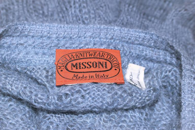 MISSONI Sky Blue Wool Knit V-Neck Sweater Size 8 For Sale 5