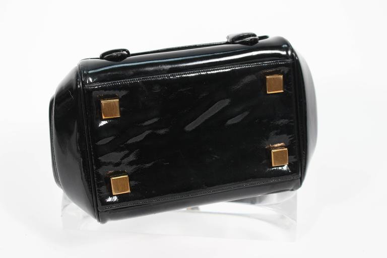 JUDITH LEIBER Vintage Rare 1960's Black and Gold Patent Leather Petite Purse  For Sale 2