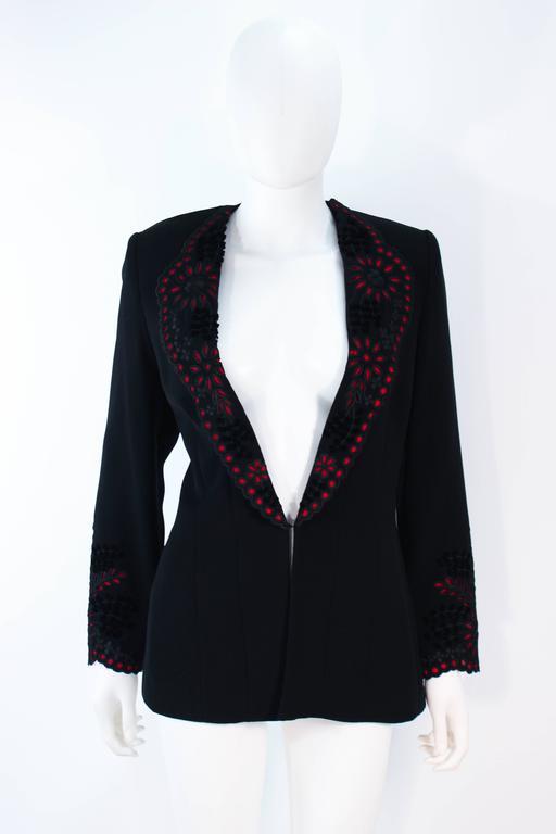 FE ZANDI Vintage Black Floral Bustier Lace Pant Suit Size 8 For Sale 3