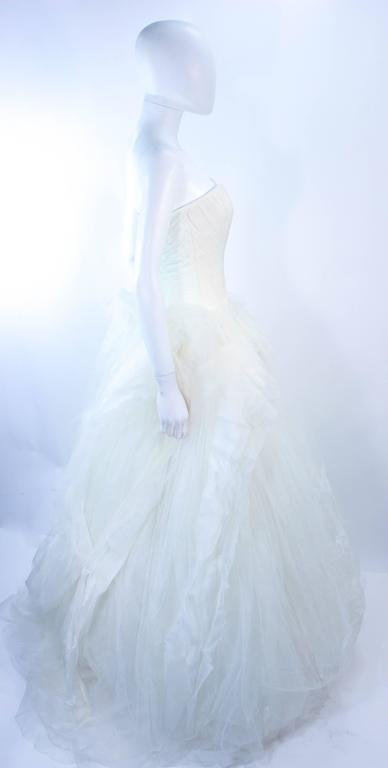 VERA WANG White Tulle & Lace Wedding Gown With Gathered Bustier Size 4 10K 6