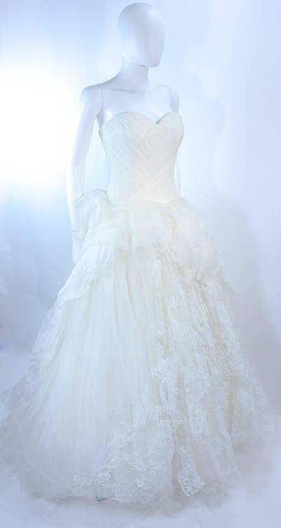 VERA WANG White Tulle & Lace Wedding Gown With Gathered Bustier Size 4 10K 4