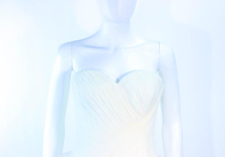VERA WANG White Tulle & Lace Wedding Gown With Gathered Bustier Size 4 10K 3