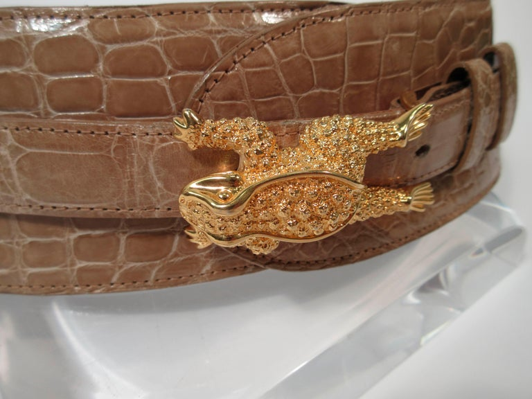 Women's BARRY KISELSTEIN-CORD Nude Alligator Belt Goldtone Sterling Frog Buckle Large For Sale