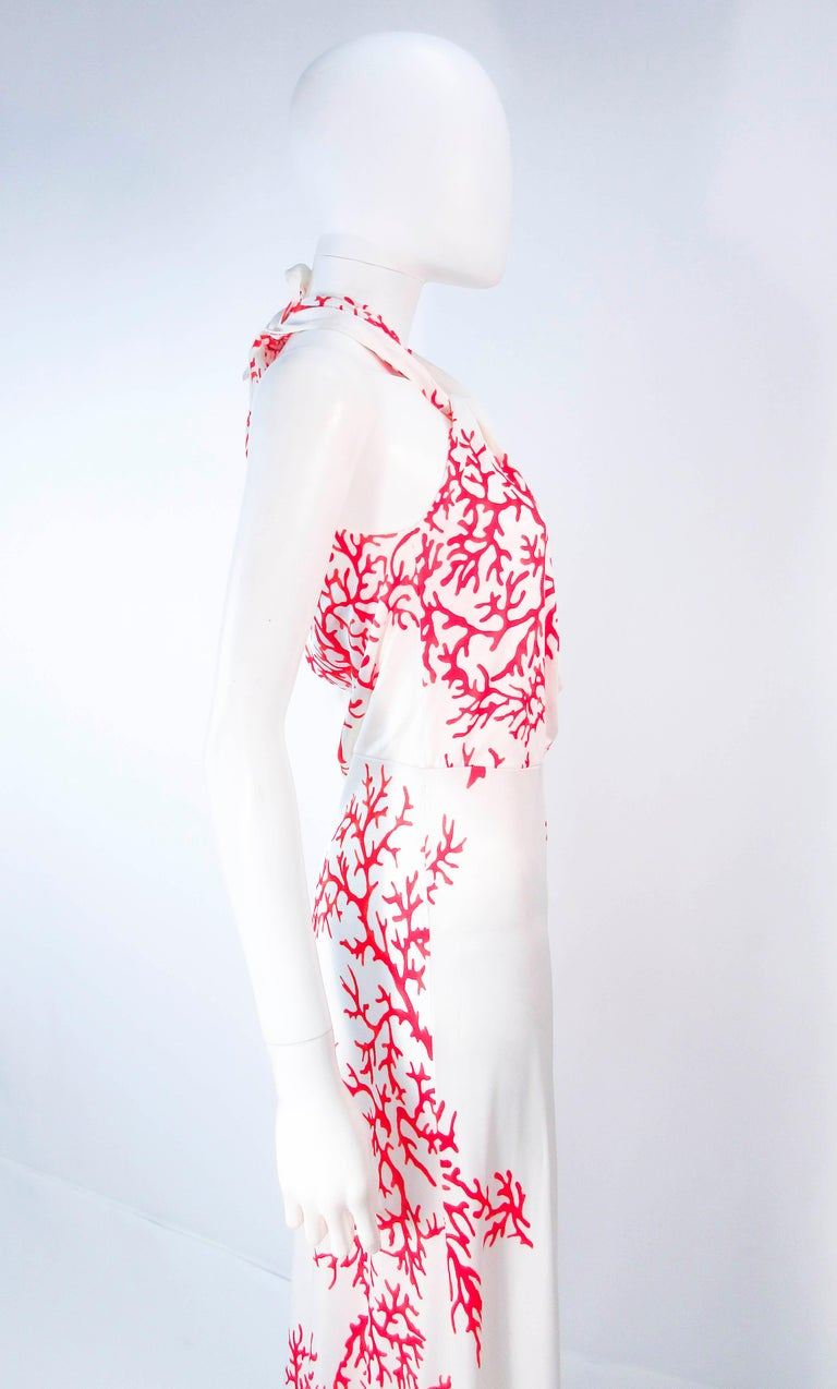 VALENTINO White with Red Coral Pattern Criss Cross Jersey Halter Dress Size 42 For Sale 4