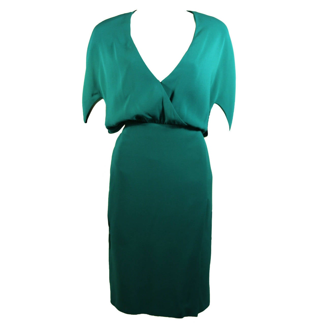 Valentino Green Silk Cocktail Dress with Plunge Neckline Size 8 For Sale