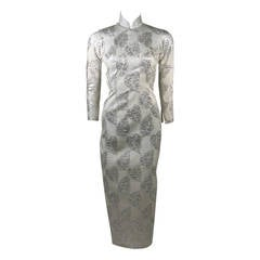 1950's Silver and white Brocade Long Sleeve Cheongsam Gown SZ 0