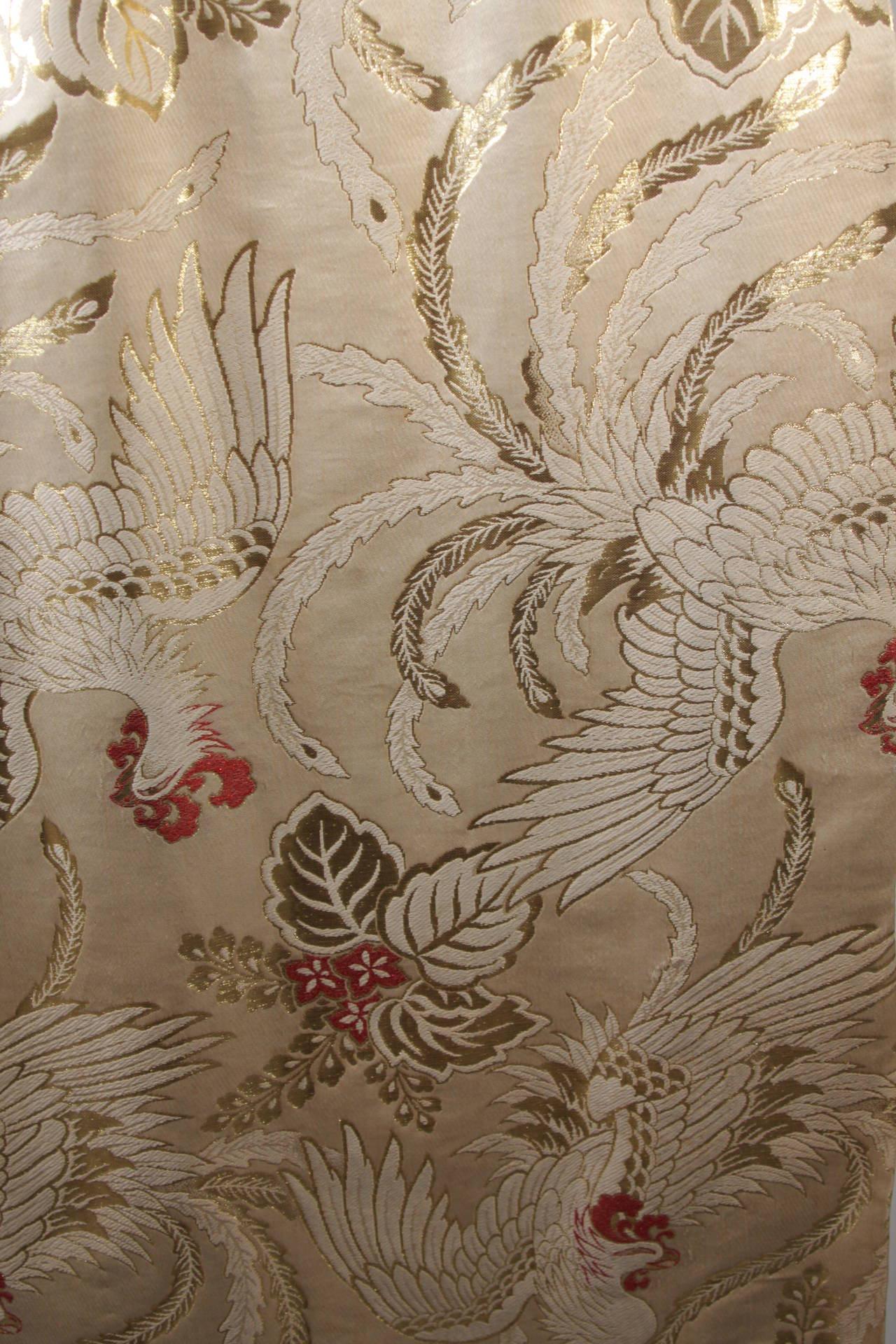 1950's Ivory and Gold Brocade Phoenix w. Red Flowers Cocktail Dress XS For Sale 4