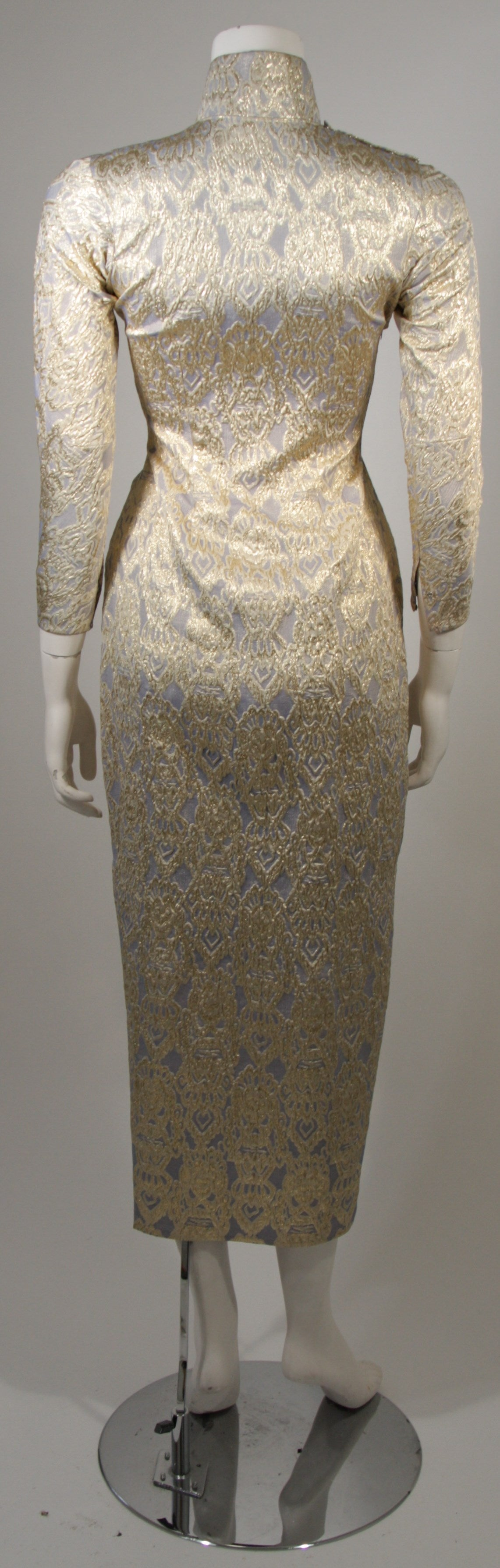 Oriental Inspired Pale Blue & Gold Silk Brocade Cheongsam Dress Sz 0-2 For Sale 5