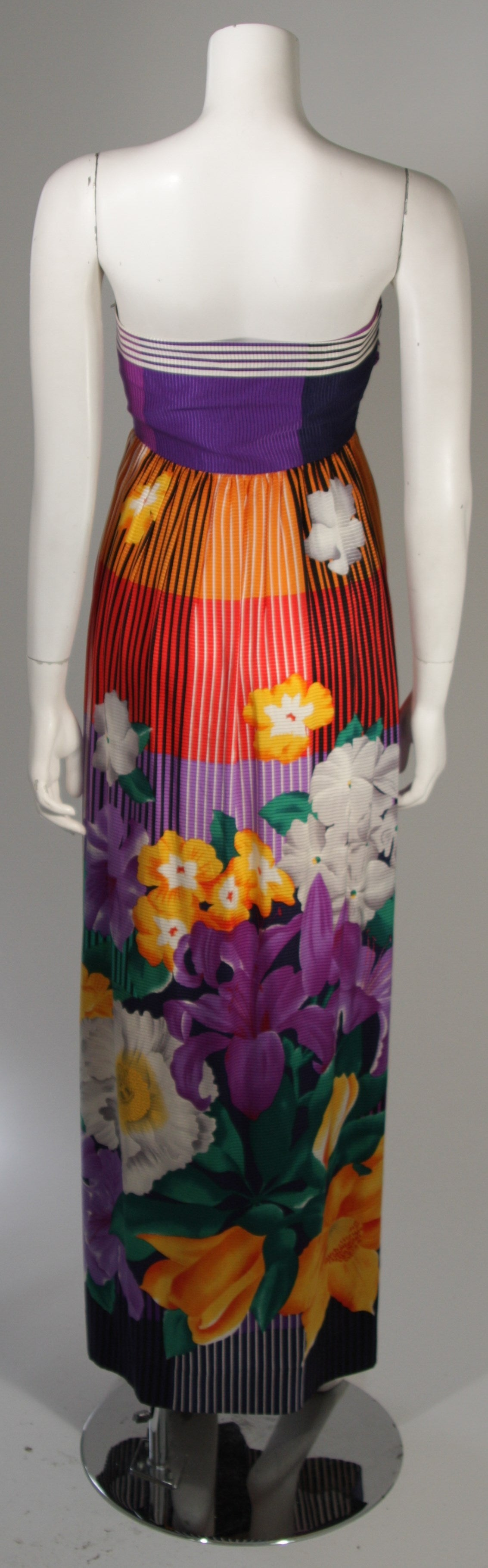 Helga Asian Inspired Vibrant Silk Multi-Color Gown with Large Shawl Size Medium 6