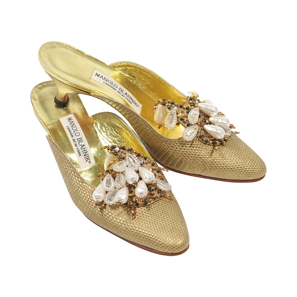 Manolo Blahnik Baroque Gold Tone Heels with Pearl and Bead Details Size 7