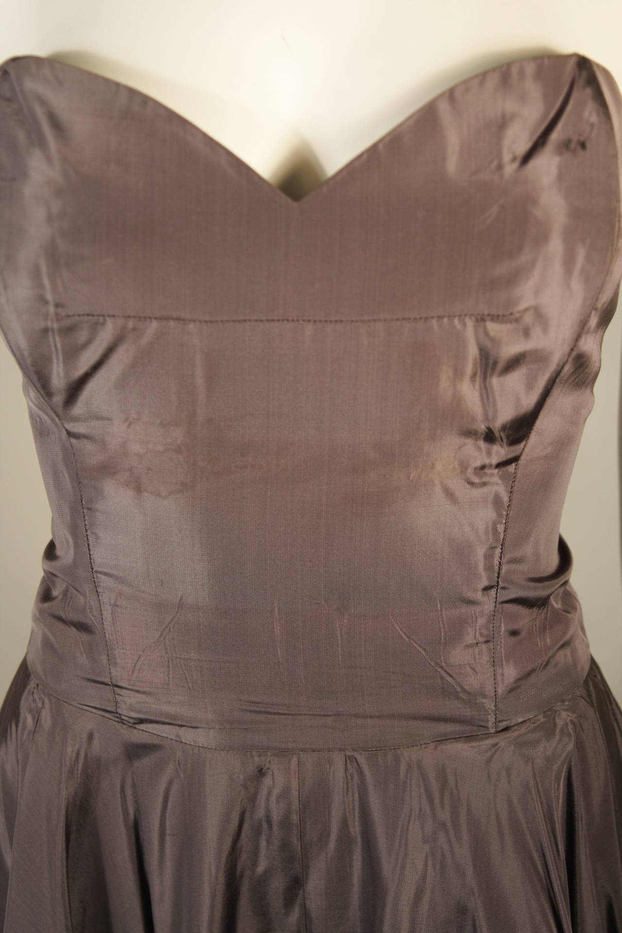 1950's Pedro Rodriguez of Madrid Grey Silk Organza Cocktail Dress Size Small For Sale 4