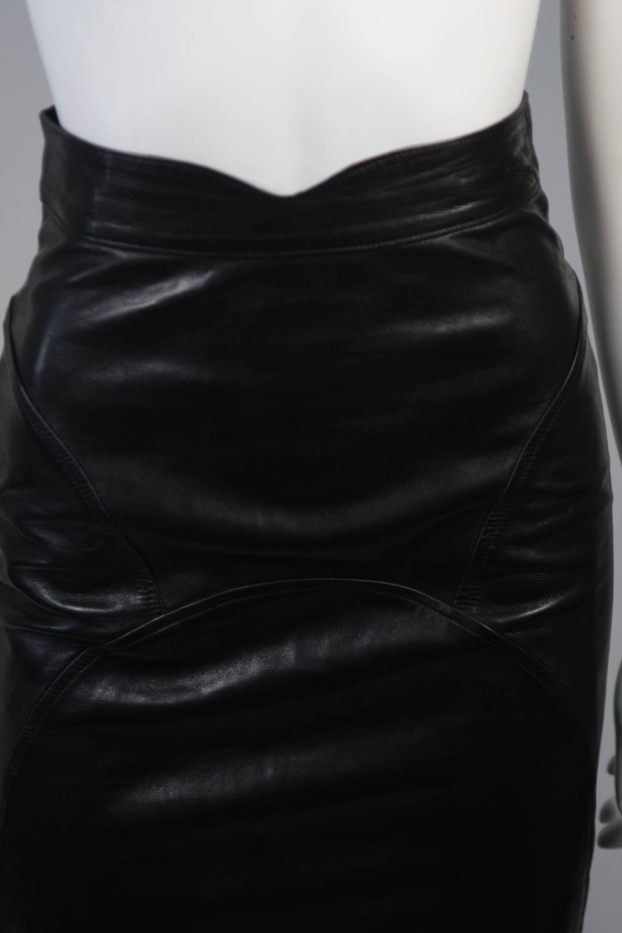 Jean Claude Jitrois Black Leather Skirt Size Extra Small 4