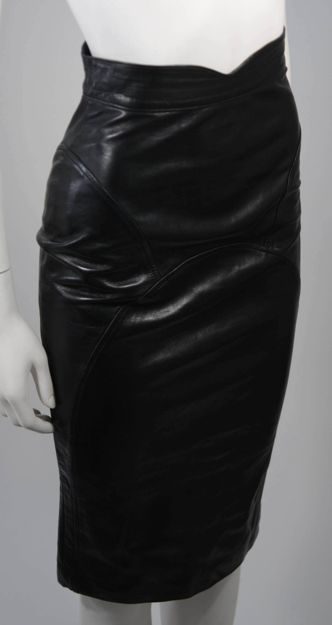 Jean Claude Jitrois Black Leather Skirt Size Extra Small 5