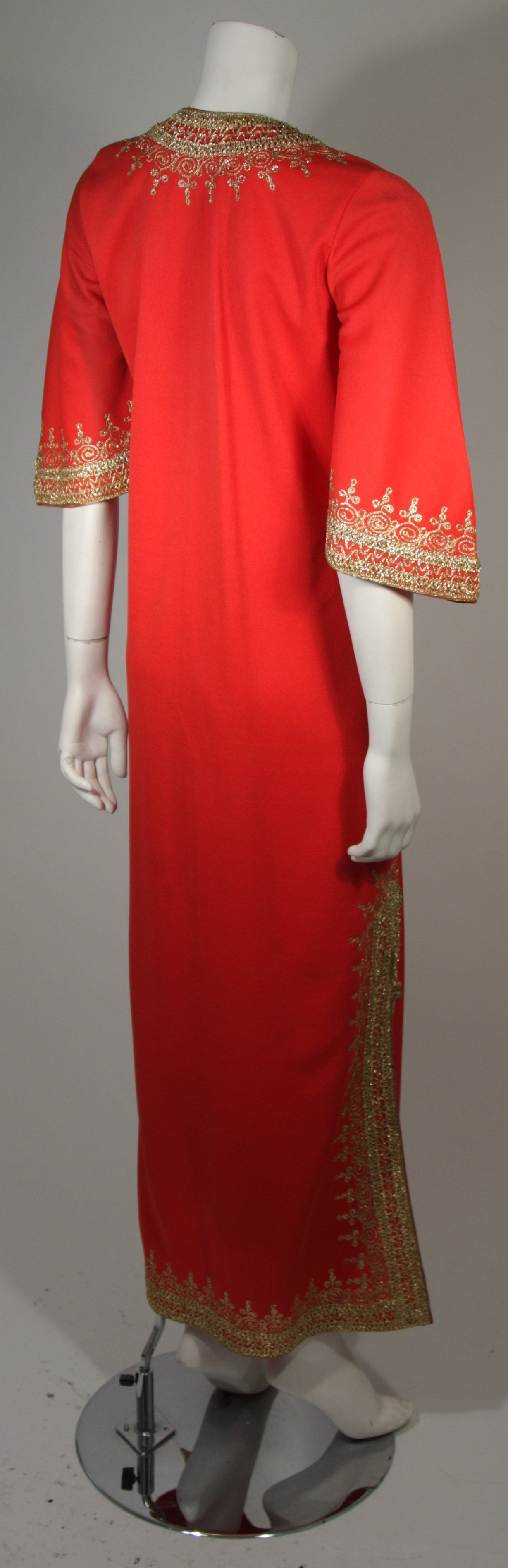 Custom Orange and Gold Indian Kaftan Size Small For Sale 1