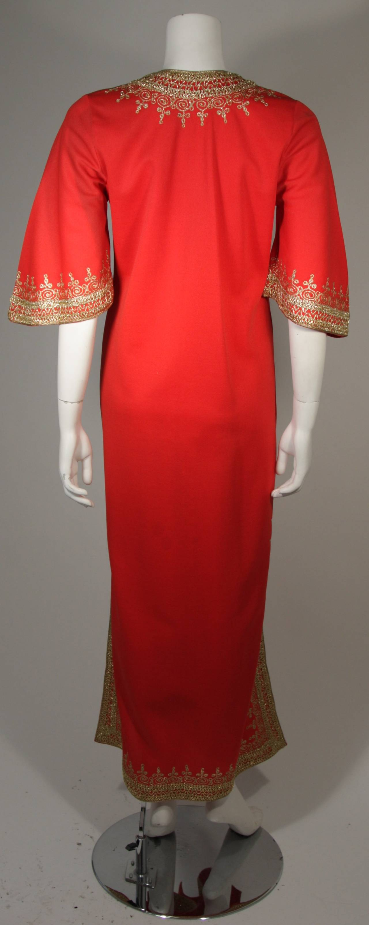 Custom Orange and Gold Indian Kaftan Size Small For Sale 2