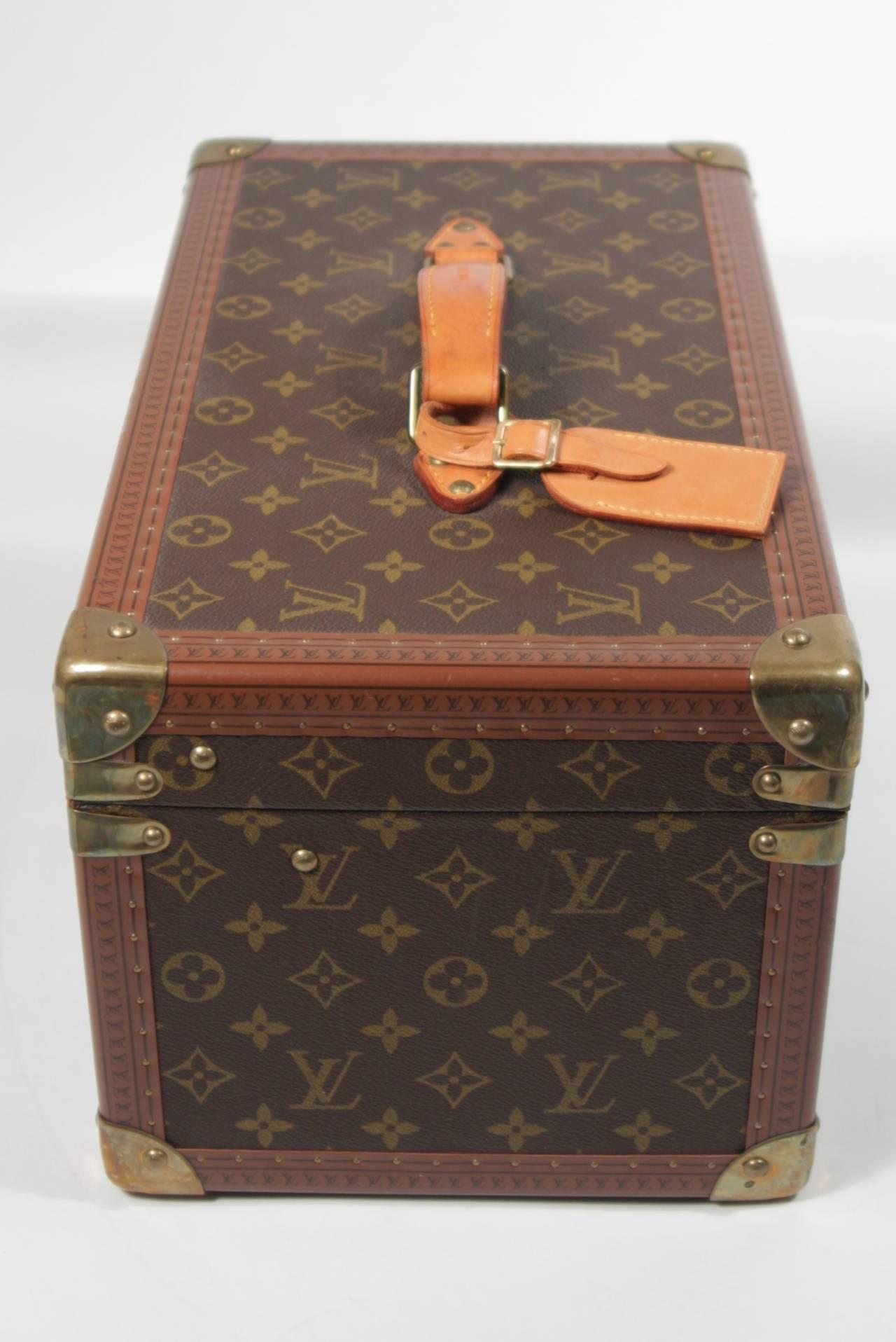 Louis Vuitton Vintage Monogram Cosmetic Travel Train Case  For Sale 1