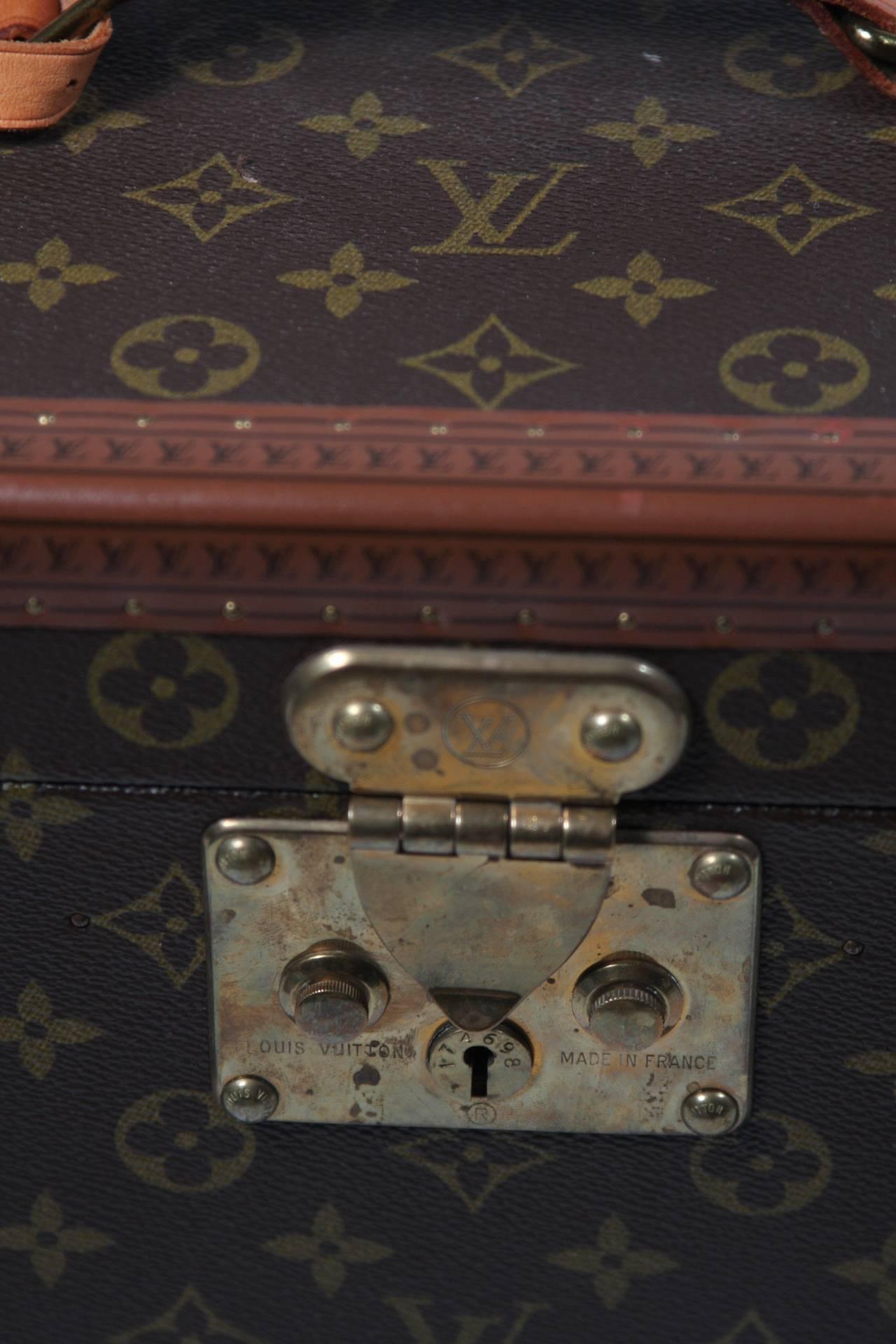 Brown Louis Vuitton Vintage Monogram Cosmetic Travel Train Case  For Sale