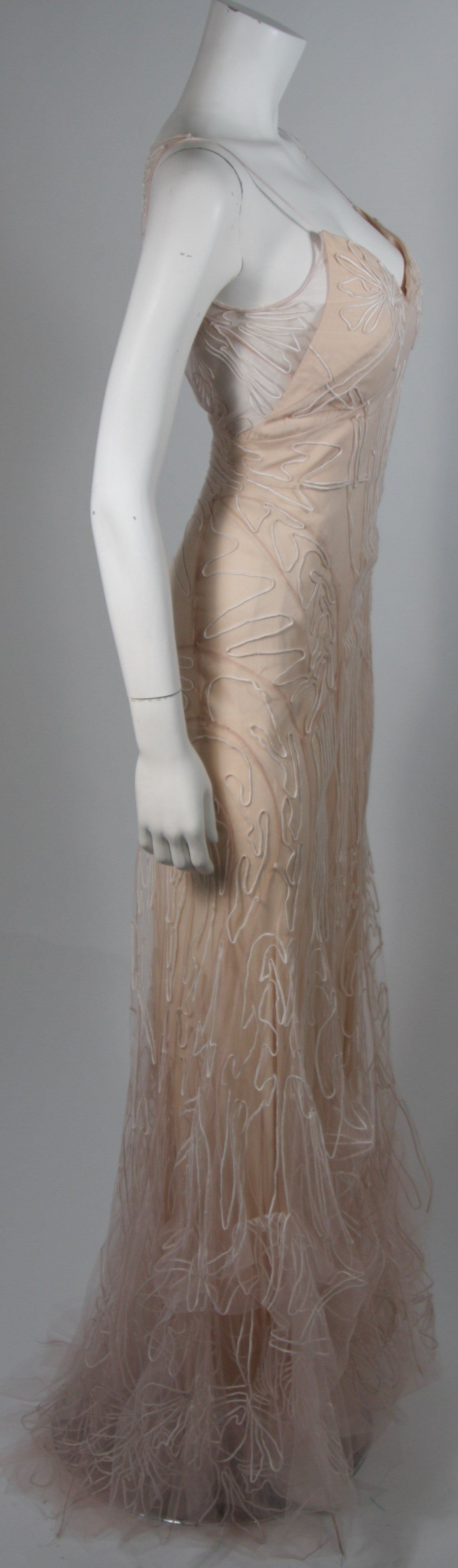 Zac Posen Embroidered Blush Silk Mesh Wedding Gown with Veil Size Small 6