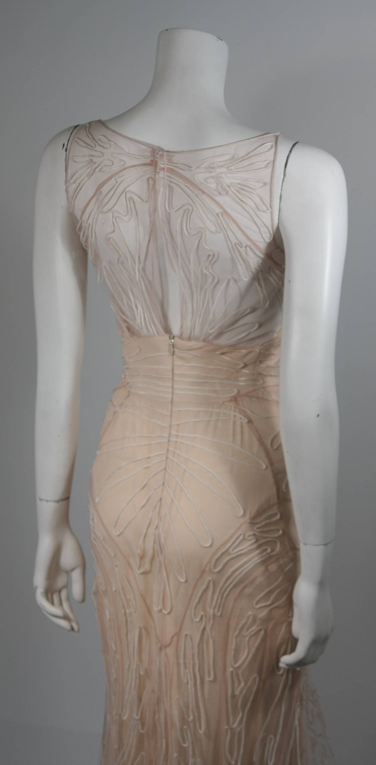 Zac Posen Embroidered Blush Silk Mesh Wedding Gown with Veil Size Small 8