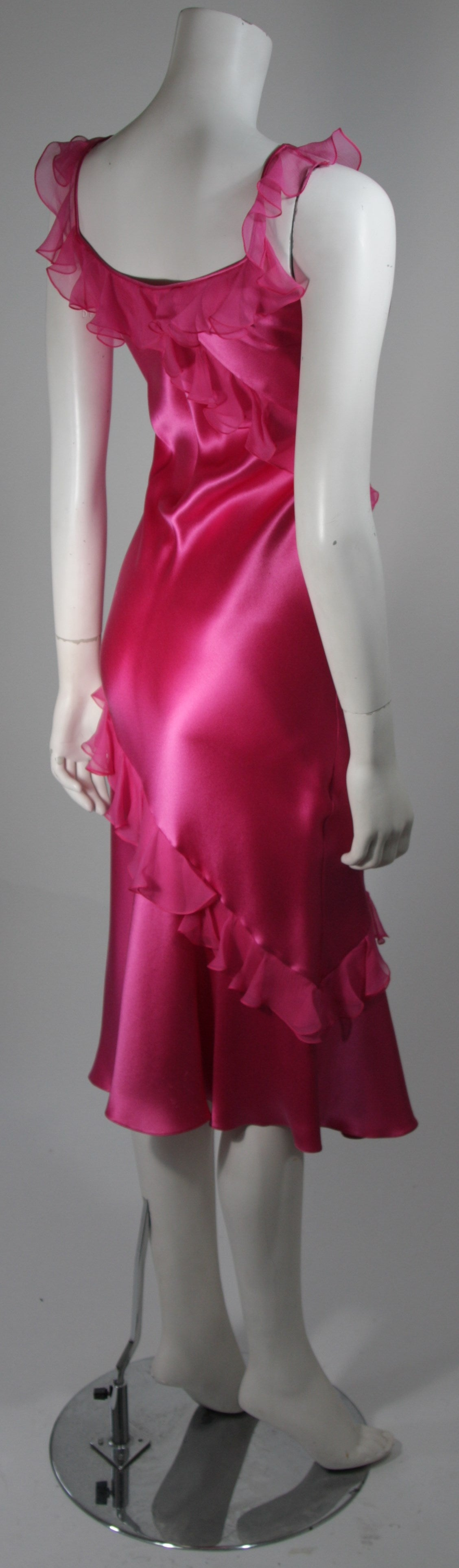 Christian Dior Ruffled Pink Silk Chiffon Dress Size XS In Excellent Condition For Sale In Los Angeles, CA