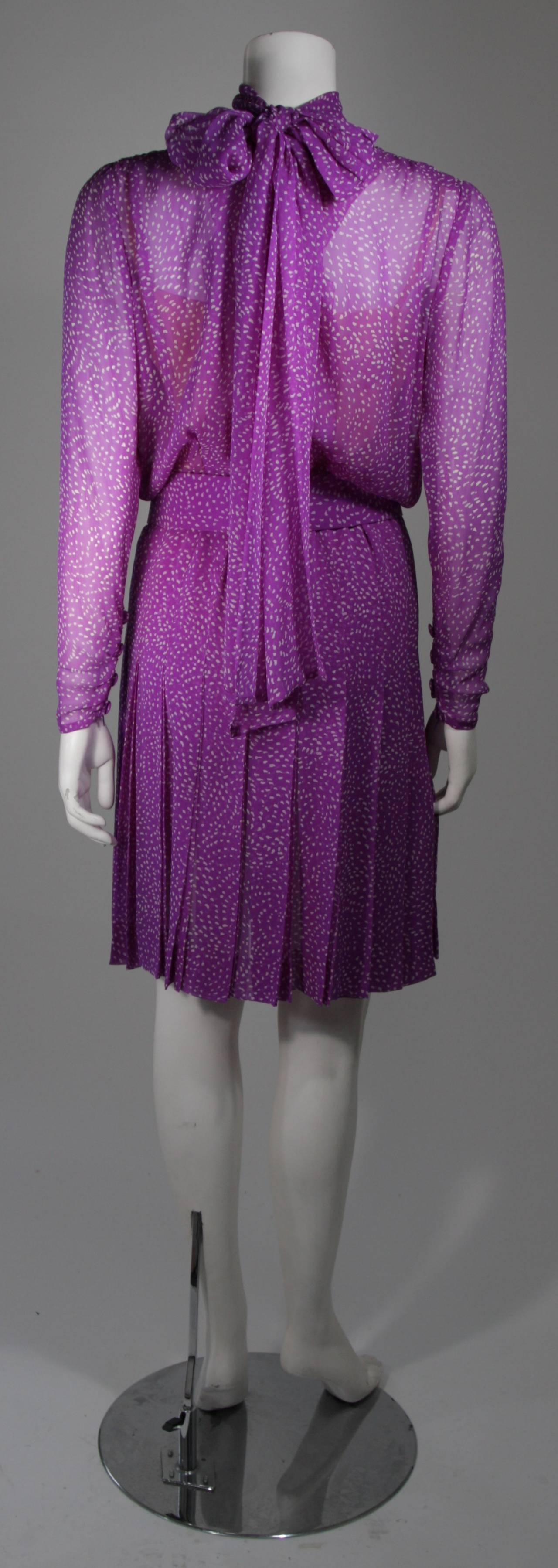 3982939e85 Givenchy Couture Purple Silk Chiffon Dress with Wrap Collar and Belt Size  Small For Sale 4