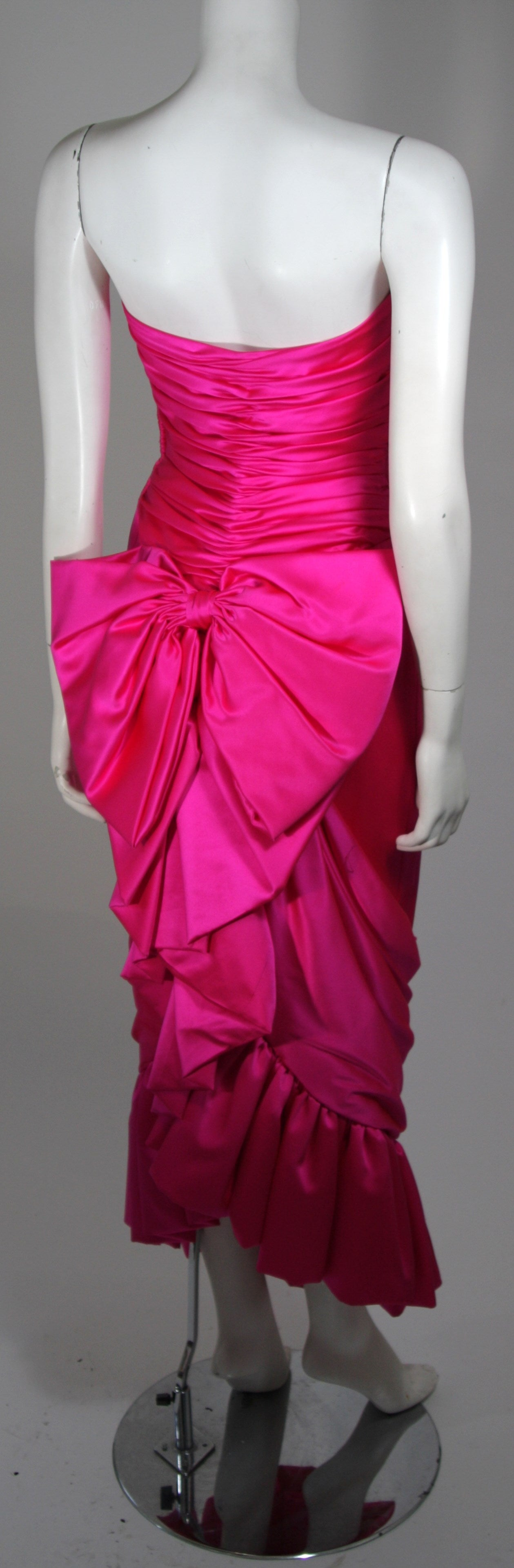 Vicky Tiel Magenta Gown with Large Bow Size Small 4