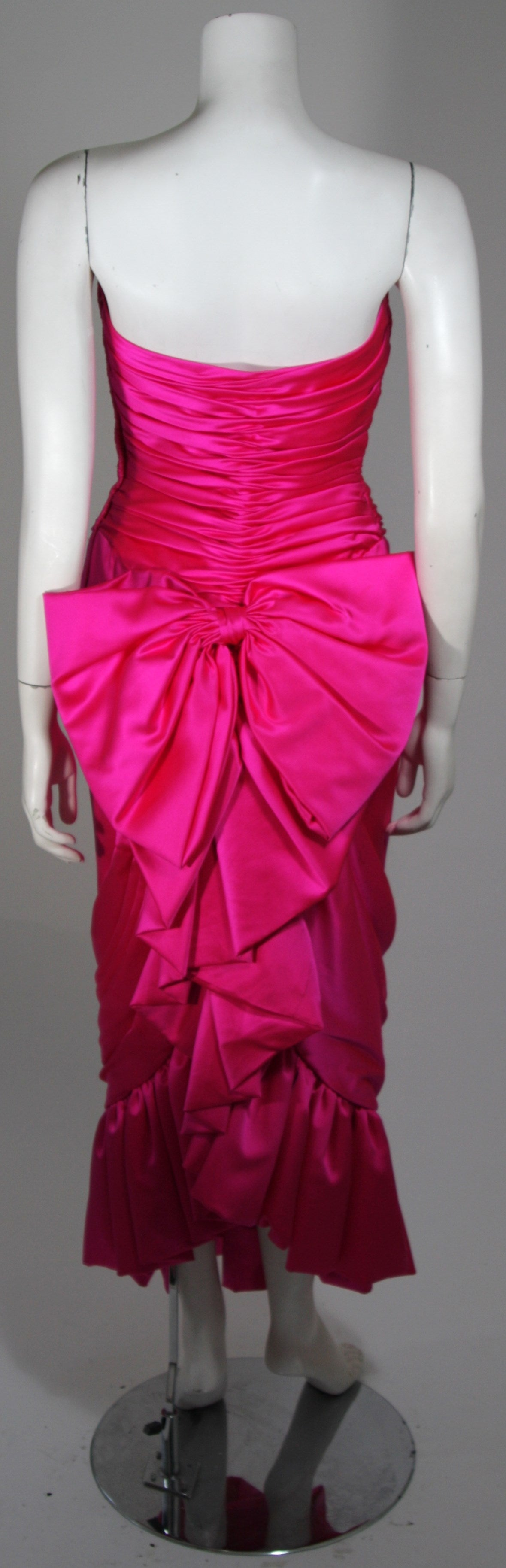 Vicky Tiel Magenta Gown with Large Bow Size Small 5