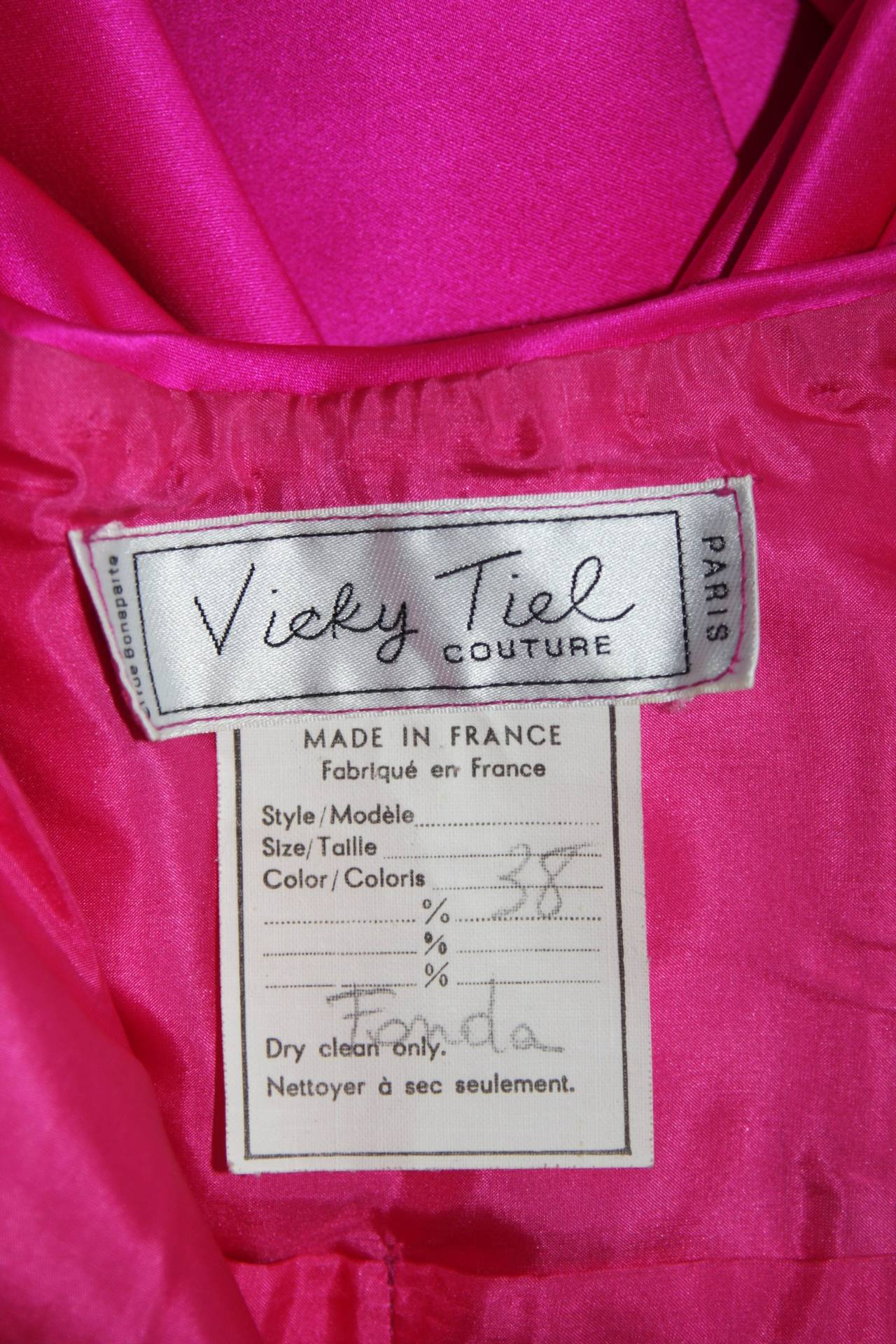 Vicky Tiel Magenta Gown with Large Bow Size Small 6