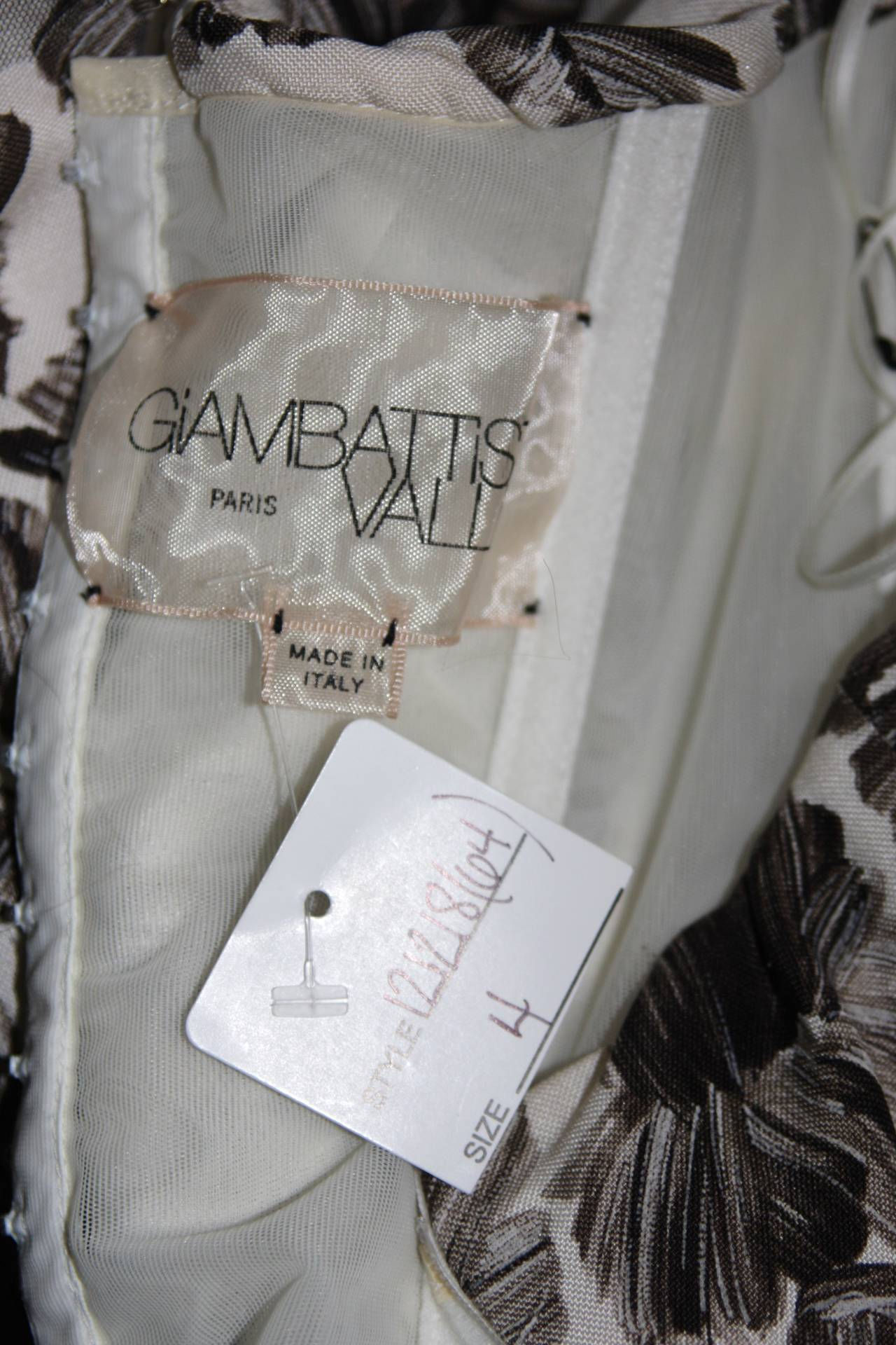 GIAMBATTISTA VALLI White Strapless Floral Print Rhinestone Detail Dress Size 40 For Sale 3