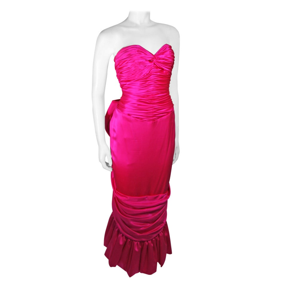 Vicky Tiel Magenta Gown with Large Bow Size Small 1