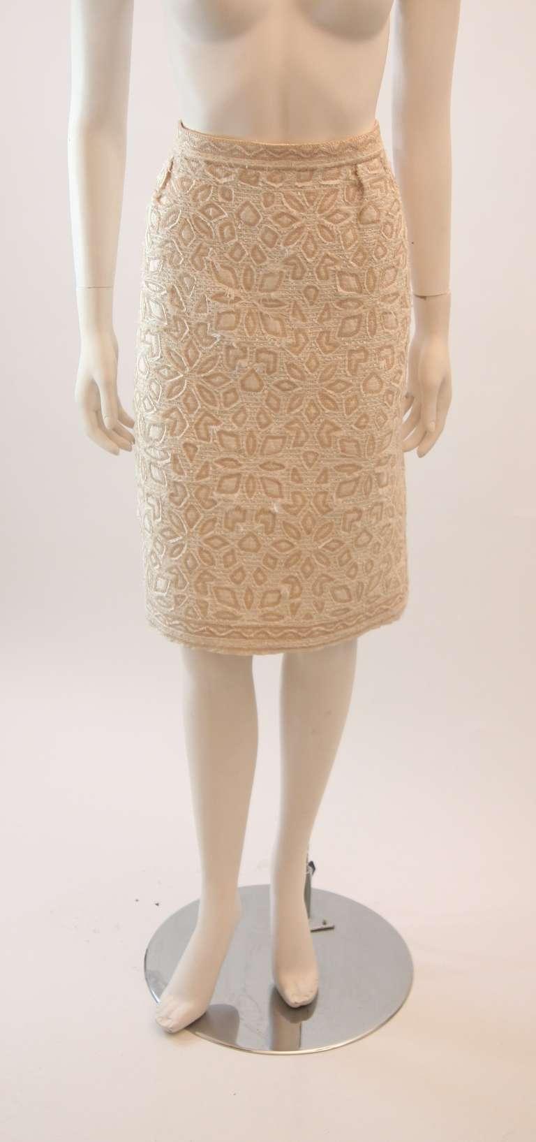 Oscar De La Renta Ivory and Cream Silk Blouse and Skirt Set Size 10 7