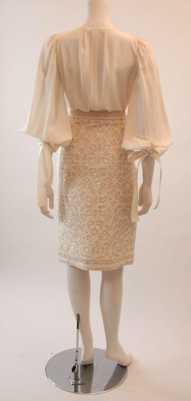 Oscar De La Renta Ivory and Cream Silk Blouse and Skirt Set Size 10 4