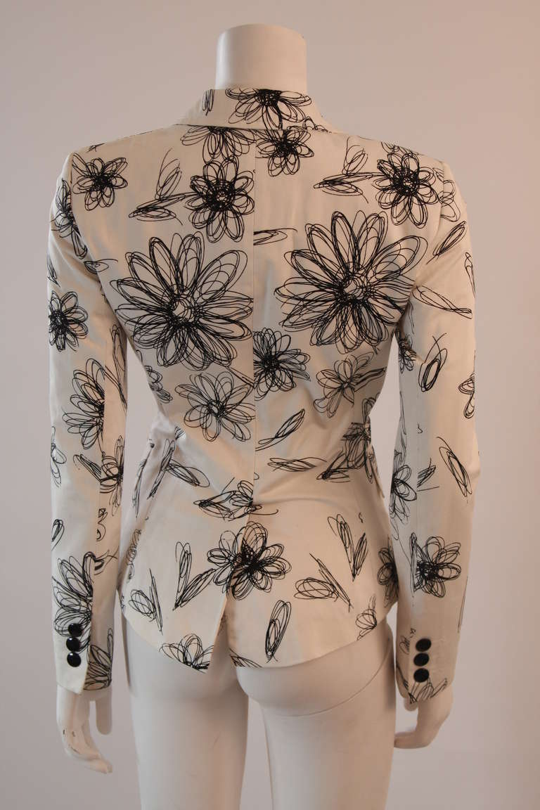 Moschino Jeans White with Black Floral Sketch Single Button Blazer For Sale 1